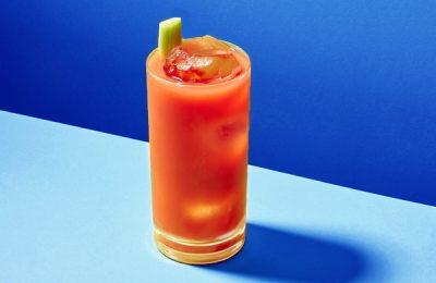 uống nước ép cà chua vào lúc nào